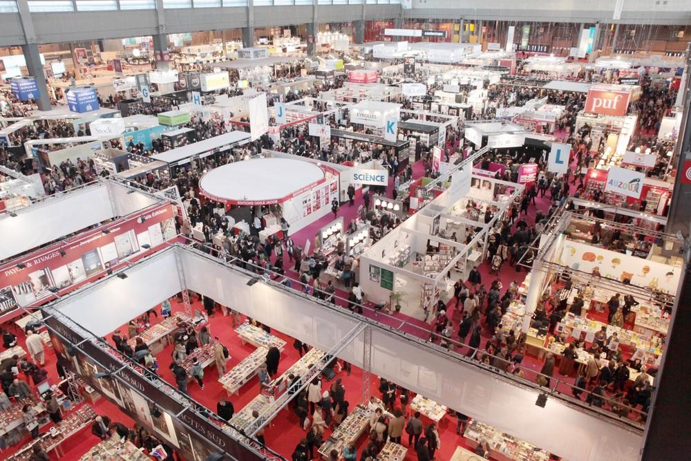 T bb ve sz net ut n a magyar k nyvek ism t helyt kapnak a for Salon du livre paris 2018